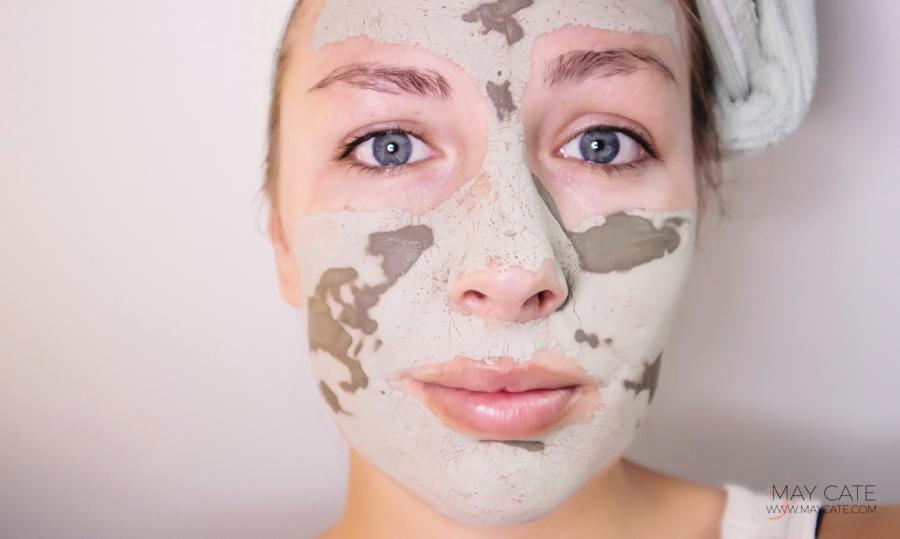 diep reinigend gezichtsmasker