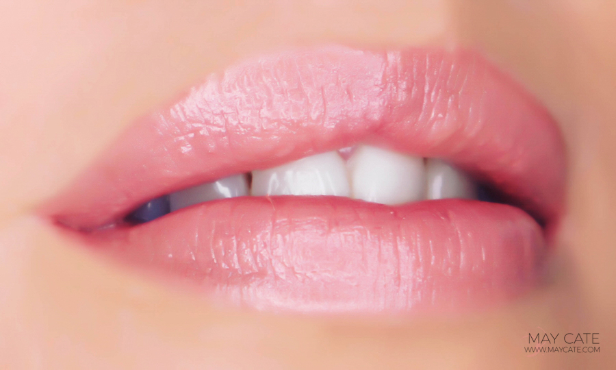 clinique-bare-pop-lipstick-nude