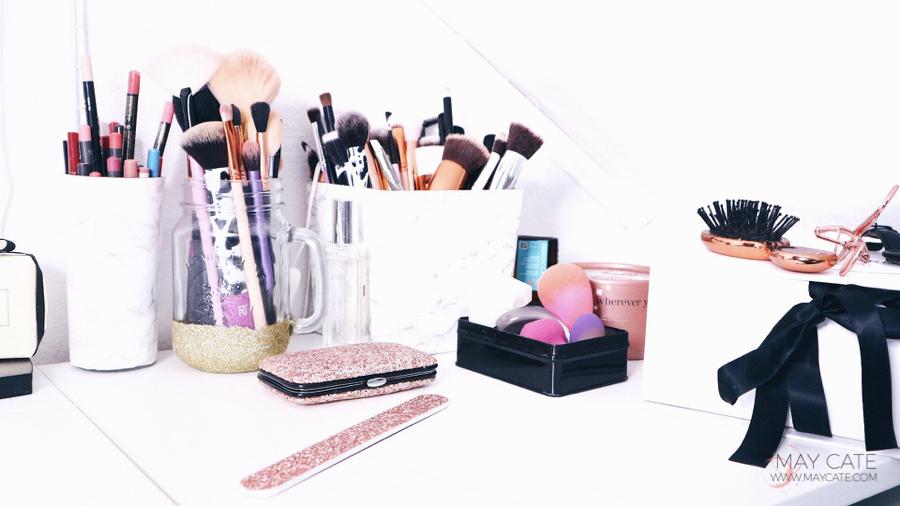 TAKE A LOOK INSIDE: MY MAKE-UP STASH